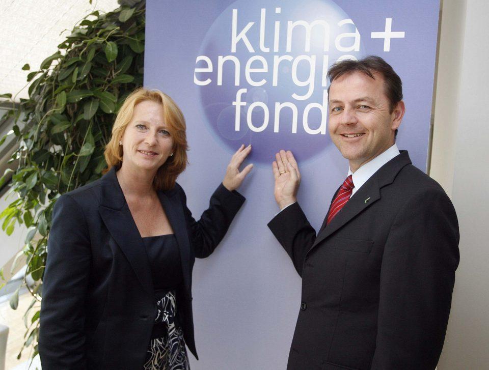 v.l.n.r.: Doris Bures (Infrastrukturministerin), Niki Berlakovich (Umweltminister)