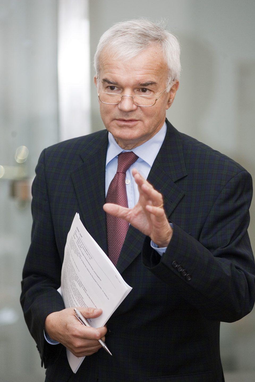 Expertenbeirat: Ao.Univ.-Prof. Dr. Josef Spitzer