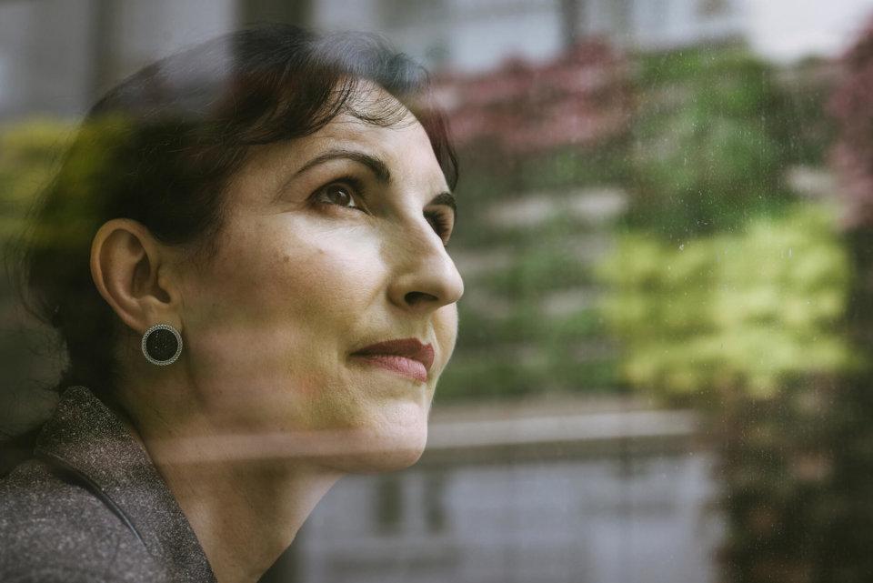 """Projektleiterin Azra Korjenic: """"Vertikale Begrünungen haben das Potenzial, das Klima und die Energiebilanz von Städten entscheidend zu verbessern und urbanen Hitzeinseln entgegenzuwirken."""""""